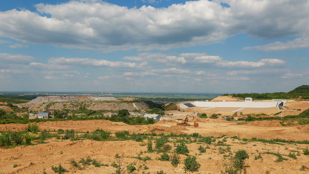 Construction site works - New and old landfill - 4 June 2021